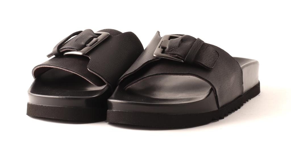 b416dc22 Lofina slippers, sort - Sandaler - Fiona sko